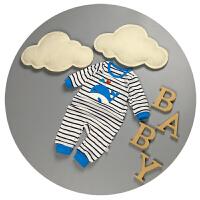男宝宝爬爬服春秋0-3个月婴儿哈衣秋季新生儿连体衣百天衣服6-9潮