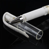 三菱高光笔UM-153金银白色黑纸用油漆笔防水速记中性笔记号笔 婚礼会议手绘签名笔1.0mm水彩颜料高光笔留白笔