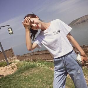 【班图诗妮】白色短袖t��女夏2018新款ins超火的字母印花学生chic宽松体恤上衣