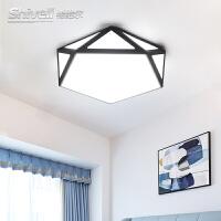 北欧创意几何吸顶灯简约现代家用led灯具客厅主卧室儿童房间灯