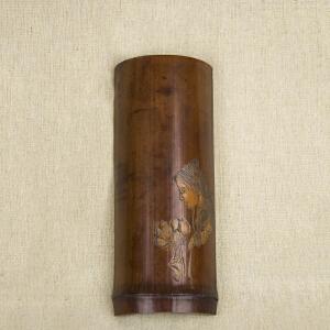 C27清《臂戈竹雕仕女图》(纯手工雕刻、雕工巧妙、栩栩如生、包浆丰厚)