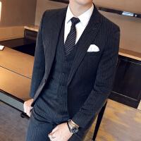 绅士英伦男士修身西服三件套 78%聚酯纤维18%粘纤4%氨纶
