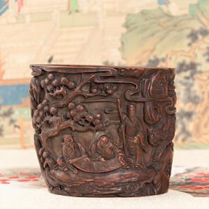 C540清《竹雕笔筒》(竹雕三仙观太极,纯手工雕刻,包浆醇厚丰润,此案上佳品)