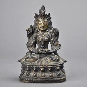 S157清《铜制佛像》(包浆润泽,雕工精致,古意盎然,造型栩栩如生)