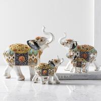 奇居良品 现代家居装饰品工艺品摆件乔迁礼品 彼得彩色吉象摆件