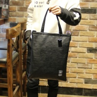 新款韩版手提包男士休闲斜挎包单肩包牛皮购物袋复古学生男包 黑色