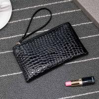 鳄鱼纹手拿包零钱包女士小包包休闲手抓包手包手机包