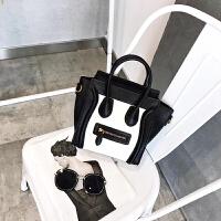 女士斜挎包时尚包包2018新款斜挎包女小包手提包单肩包撞色笑脸包
