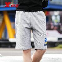 特步男子都市针织中裤夏季新品休闲五分裤男士短裤潮流男裤882229619190