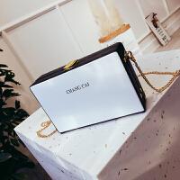 夏季小包包女2018新款潮个性字母单肩小方包链条百搭斜挎包盒子包