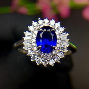 蓝宝石戒指高净度爆闪火彩