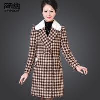 妈妈毛呢大衣女30-40岁50中长款中老年女装冬装格子大码呢子外套
