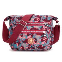 印花帆布中老年妈妈包防水尼龙牛津布单肩斜挎包女包外出旅游背包