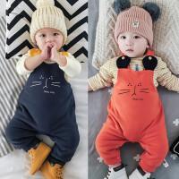婴儿背带裤宝宝冬季百搭背带连身衣新生儿满月爬服0-3-6-9-12个月