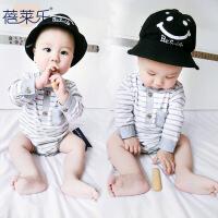 婴儿连体衣服新生儿宝宝春季0岁1个月薄款三角睡衣新年