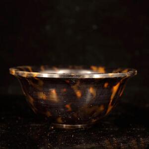 珍藏玳瑁碗