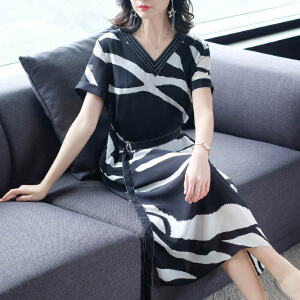 RANJU然聚 2018夏季女装新品新款雪纺印花连衣裙V领短袖条纹印花中长款裙子女潮