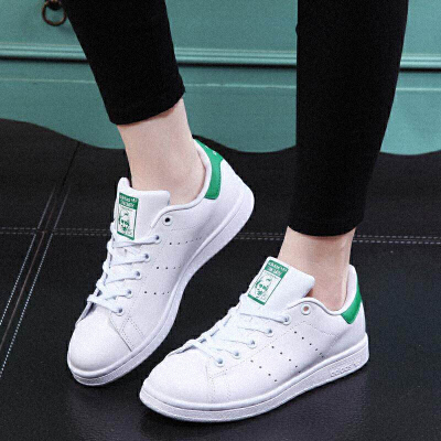 Adidas/阿迪达斯史密斯经典绿尾小白鞋M20605*赔十