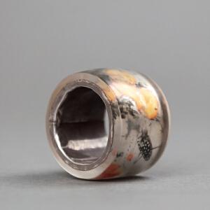 X462 清《料器镶银内画葫芦小虫纹扳指》(此扳指,包浆老到,做工精美,内镶银圈,有款:九荣)