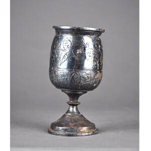 C276《旧藏铜酒器》(国外回流,雕工精致,纯手工雕刻,工艺繁复,杯口残损)