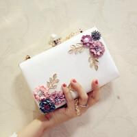 时尚新款花朵手拿包宴会小方包链条迷你单肩斜跨女包 白色 珍珠头花朵