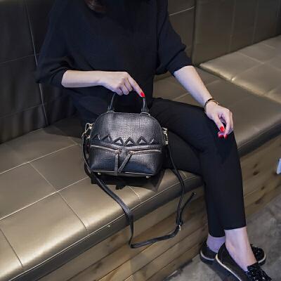 2018新款韩版贝壳包潮流手提女包时尚小包包单肩包百搭复古斜挎包 发货周期:一般在付款后2-90天左右发货,具体发货时间请以与客服协商的时间为准