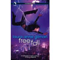 【预订】Free Fall