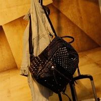 韩版时尚潮百搭羊皮铆钉双肩包女新款软皮大容量休闲皮背包 黑色 小号升级 加隔层