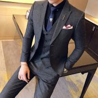 2018春季新款西服套装男绅士格子礼服小西装三件套韩版修身婚礼服
