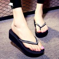厚底夹脚沙滩鞋个性凉拖潮高跟防滑人字拖女时尚链钻坡跟拖鞋