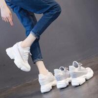 户外内增高小白鞋女时尚透气网面休闲百搭厚底松糕运动