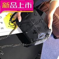 日韩简约羊皮小包女生斜挎零钱包真皮手机包新款简约柳丁链条包包 黑色