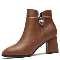 粗跟女鞋2017秋冬季新款女靴子单靴时尚英伦风加绒防水台百搭短靴