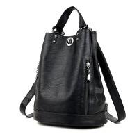 双肩包女软皮2017新款潮包包大容量旅行水桶包时尚妈咪包两用背包
