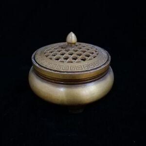 金色香薰盒精品铜摆件