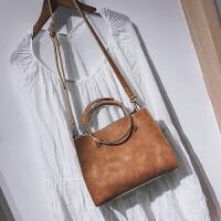 包包女包韩版秋季新款斜挎包手提包金属圆环包百搭子母小方包