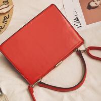 欧美时尚包包女新款百搭锁扣小方包休闲手提包纯色单肩斜挎包