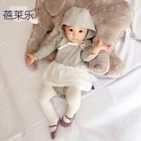 婴儿连体衣服宝宝新生儿季带帽外出服6个月长袖三角新年