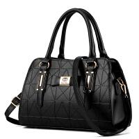 新款波士顿女包欧美休闲手提包枕头包单肩包时尚斜挎包女 黑色