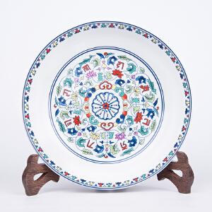 X1448 清《斗彩缠枝花赏盘》(此赏盘器型规整,色彩艳丽,图案清晰,包浆丰润,保存完整。底款:大清雍正年制。)