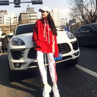 套装女秋季两件套宽松显瘦冲锋衣长裤原宿衣服酷潮女套装 红+白